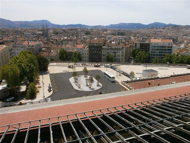 Marseille_Saint_Charles_Square_Narvik